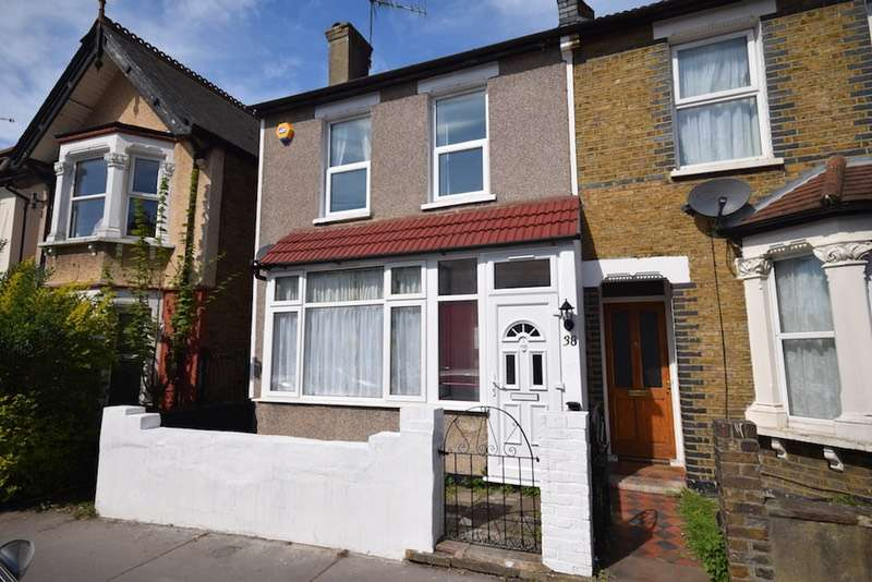 3 Bedrooms Terraced House for sale in Pemdevon Road, Croydon, CR0