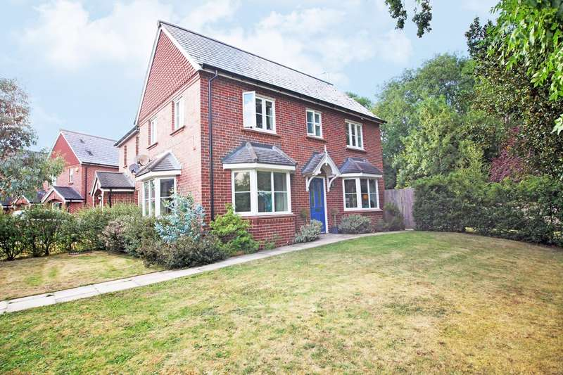 3 Bedrooms Semi Detached House for sale in Compton Way, Sherfield-on-Loddon, Hook, RG27