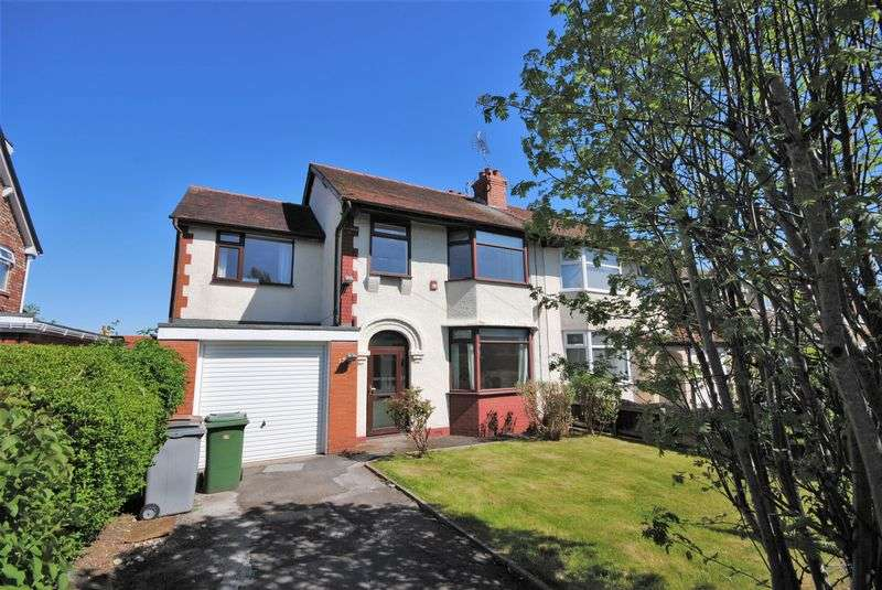 4 Bedrooms Semi Detached House for sale in Beech Avenue, Upton