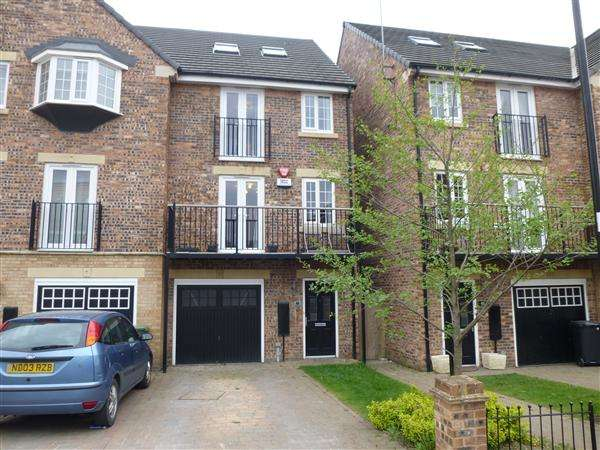 5 Bedrooms End Of Terrace House for sale in Principal Rise, Dringhouses, York