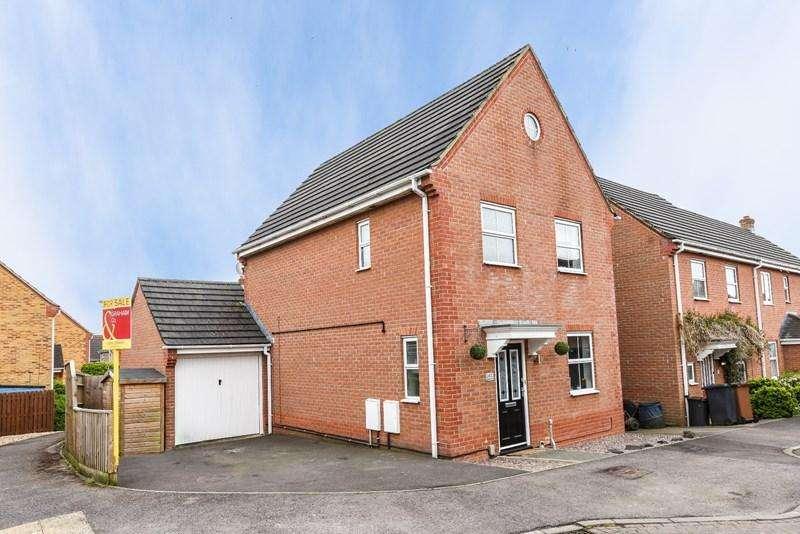 3 Bedrooms Detached House for sale in Moneyer Road, Andover