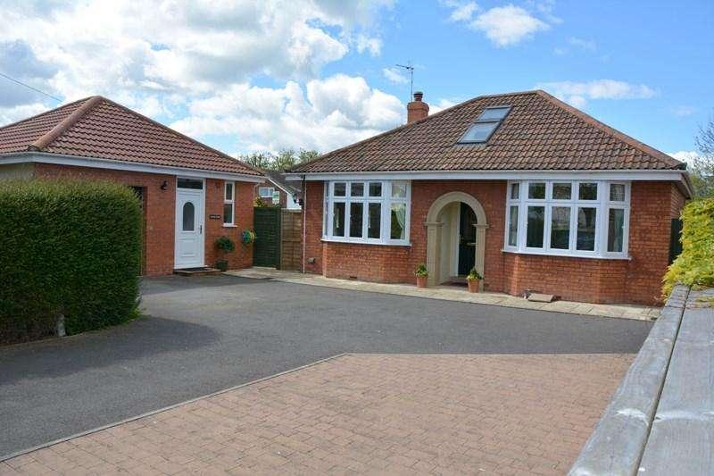 2 Bedrooms Detached Bungalow for sale in Burnham Road, Burnham-On-Sea