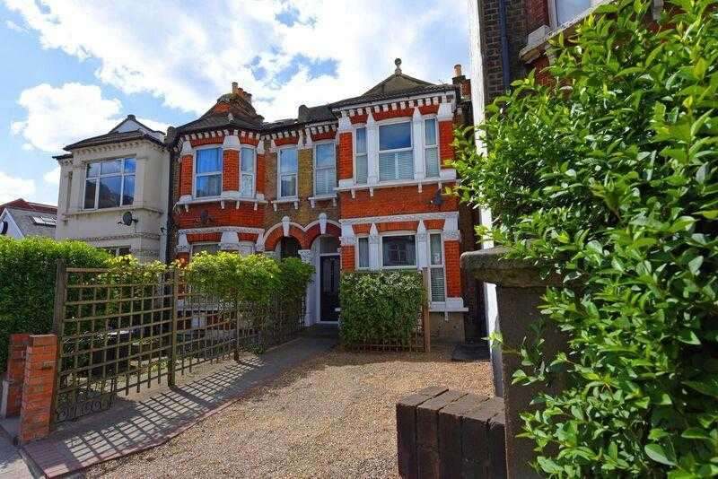 4 Bedrooms End Of Terrace House for sale in Durnsford Road, Wimbledon Park