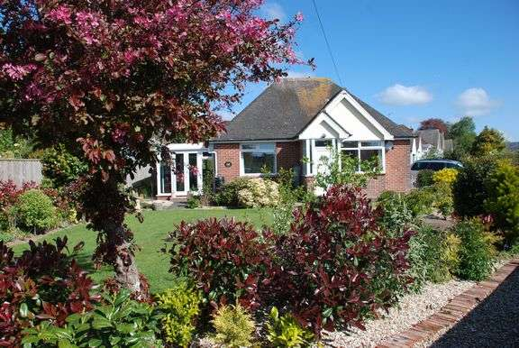 2 Bedrooms Detached Bungalow for sale in Primley Road, Sidmouth