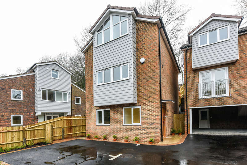 4 Bedrooms Detached House for sale in Mayles Mews, Wickham