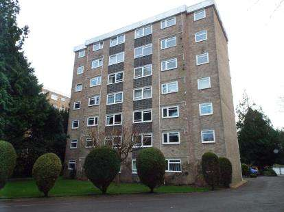 2 Bedrooms Flat for sale in 28 Lindsay Road, Poole