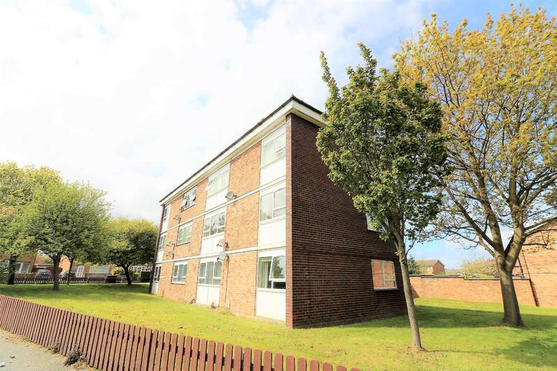 2 Bedrooms Flat for sale in Cherry Tree Road, Wirral, CH46 9RD