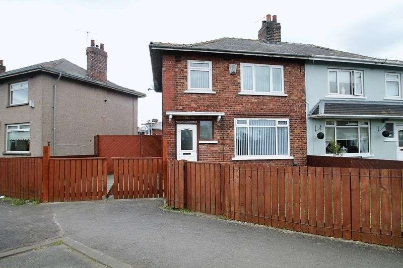 3 Bedrooms Semi Detached House for sale in Thorntree Avenue, Brambles Farm