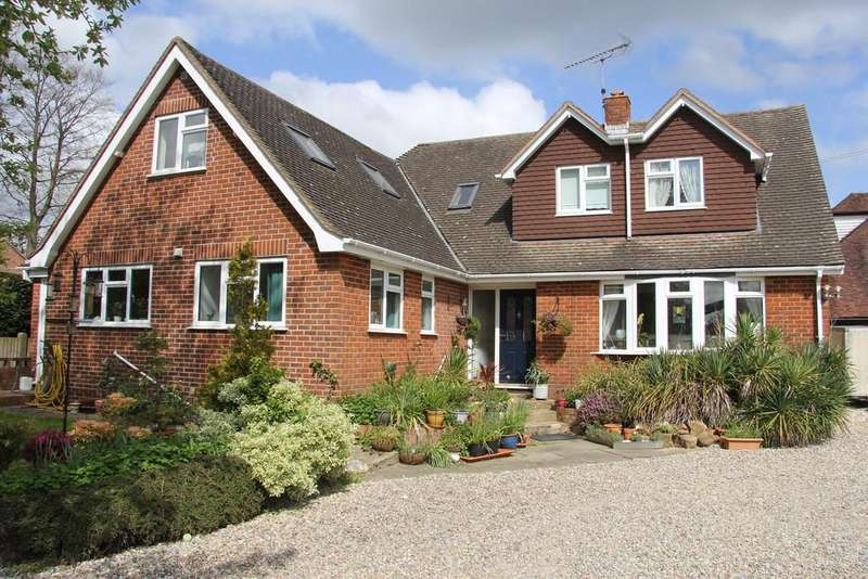 4 Bedrooms Detached House for sale in School Hill, Heathfield Park