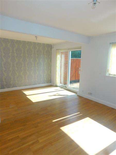 2 Bedrooms Terraced House for sale in Alvina Lane, Kirkby