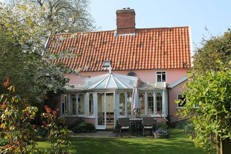 3 Bedrooms Cottage House for sale in The Street, Laxfield