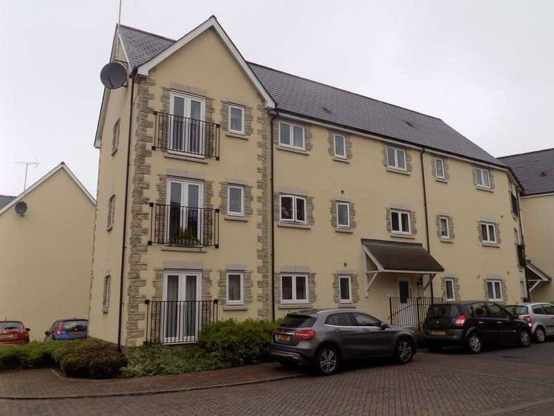 2 Bedrooms Flat for sale in Smart Close, Redhouse