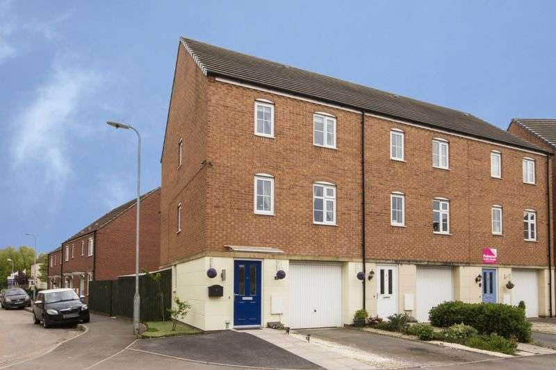 3 Bedrooms Terraced House for sale in Lysaght Circle, Newport