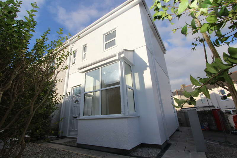 3 Bedrooms End Of Terrace House for sale in Buller Road , Torpoint