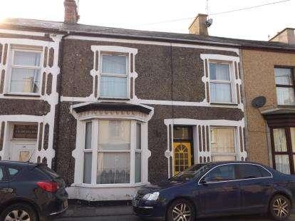 4 Bedrooms Terraced House for sale in Madoc Street, Porthmadog, Gwynedd, LL49