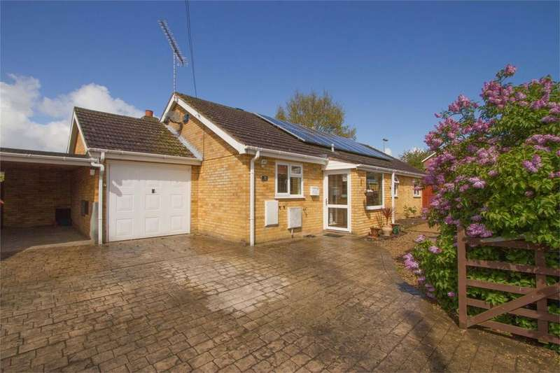 4 Bedrooms Detached Bungalow for sale in George Eliot Way, Dereham, Norfolk