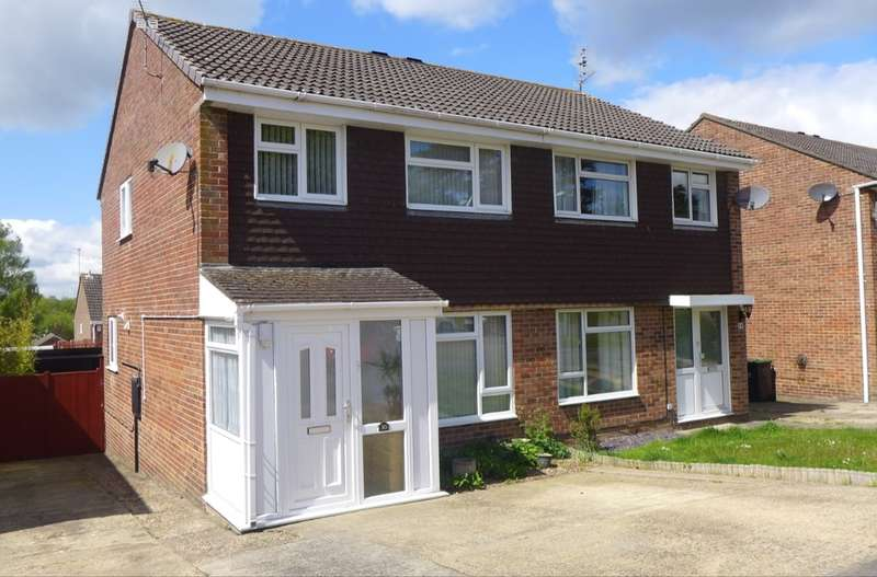 3 Bedrooms Semi Detached House for sale in Kestrel Close