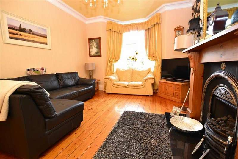 4 Bedrooms Terraced House for sale in Manchester Road, Burnley, Lancashire