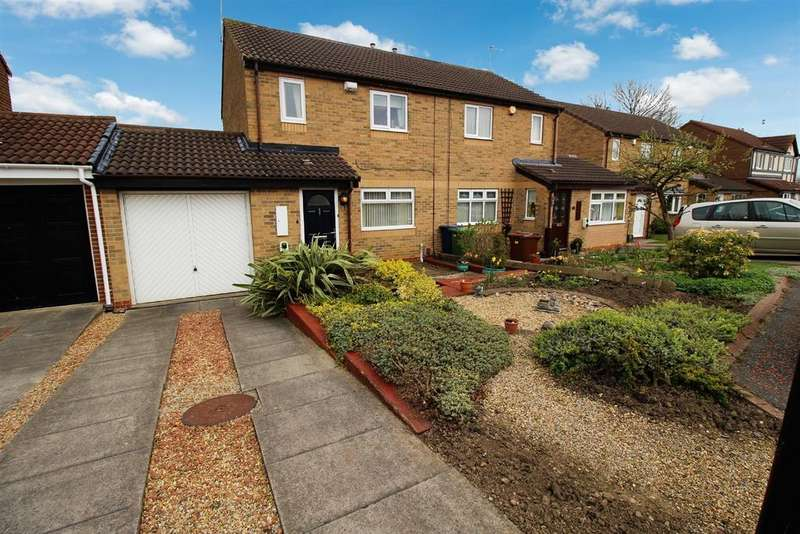 3 Bedrooms Semi Detached House for sale in Garstin Close, Victoria Glade, Newcastle-upon-Tyne