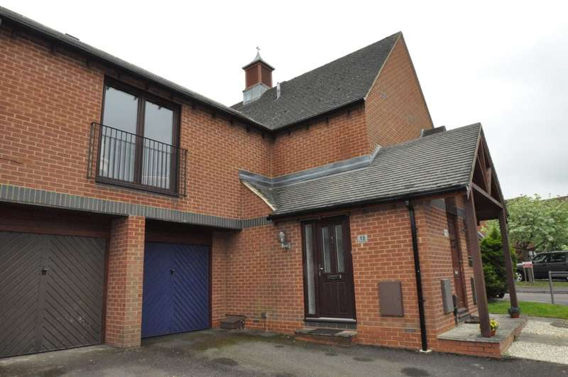 2 Bedrooms Apartment Flat for sale in Chives Place, Bracknell, Berkshire, RG42