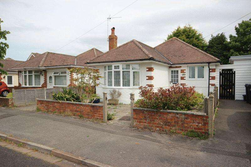 2 Bedrooms Detached Bungalow for sale in CHRISTCHURCH