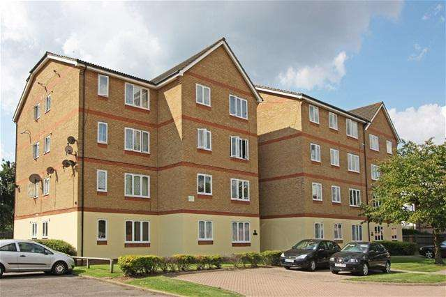 Studio Flat for sale in Longfield Drive, Mitcham