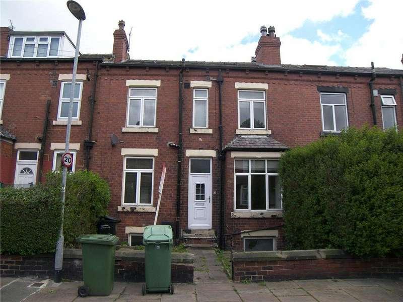 4 Bedrooms Terraced House for sale in Cross Flatts Crescent, Leeds
