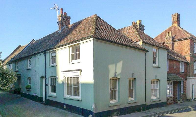 3 Bedrooms Terraced House for sale in Ash