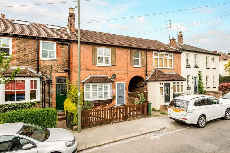 4 Bedrooms Terraced House for sale in Somerset Road, Meadvale, Redhill, Surrey, RH1