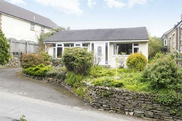 3 Bedrooms Detached Bungalow for sale in Berry Lane, Bodmin, Cornwall