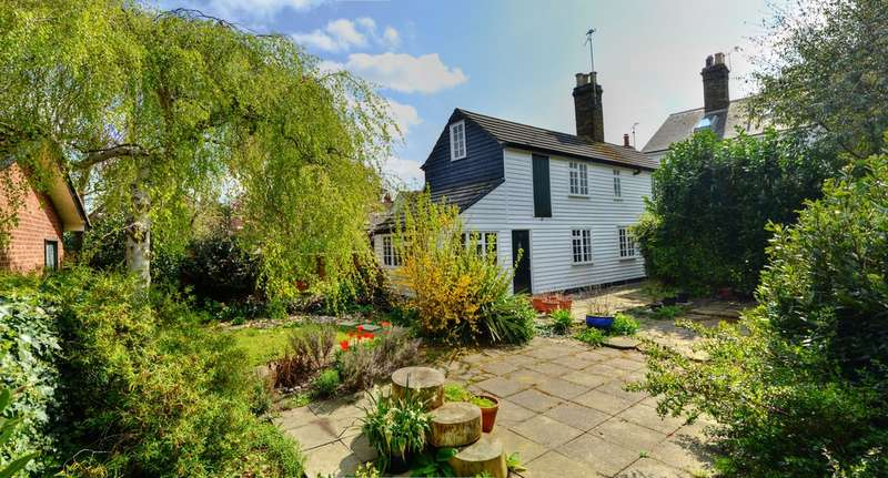 3 Bedrooms Detached House for sale in Ship Road, Burnham-on-Crouch