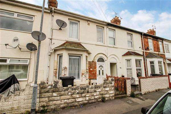 Terraced House for sale in Beatrice Street, Swindon