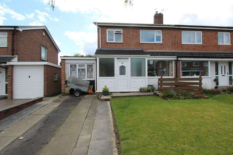 3 Bedrooms Semi Detached House for sale in Bankhouse Road, Bury, BL8