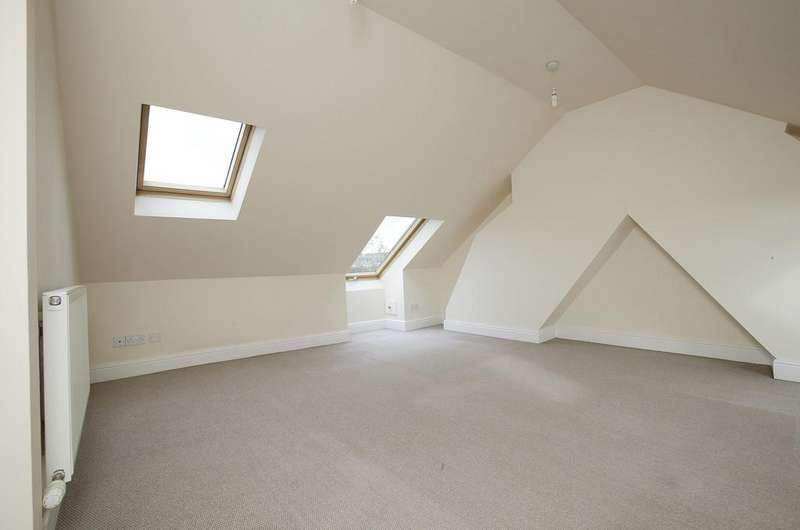 2 Bedrooms Apartment Flat for sale in Stracey Road, Norwich