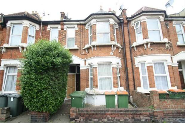 3 Bedrooms Flat for sale in Katherine Road, Forest Gate, London