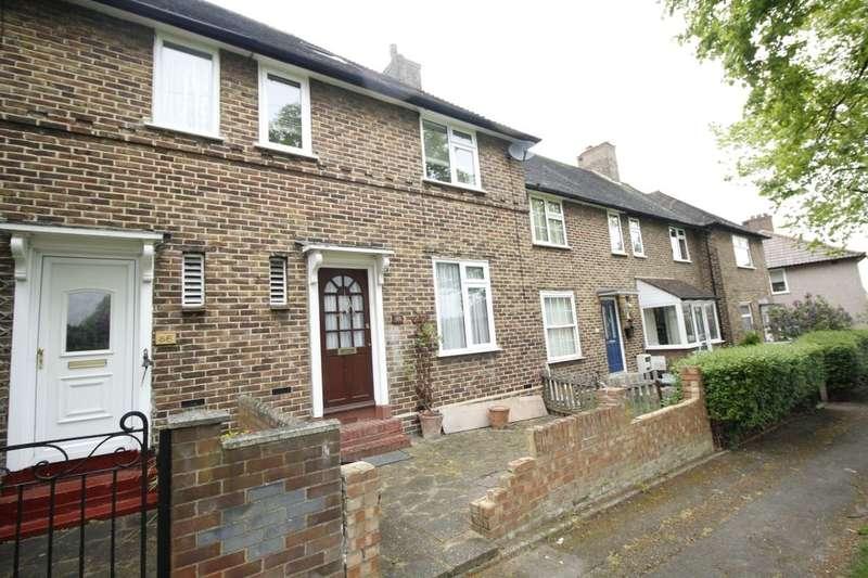 3 Bedrooms Property for sale in Framlingham Crescent, London, SE9