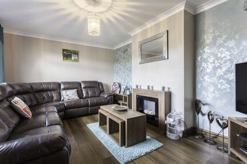 3 Bedrooms Bungalow for sale in Bankhead Road, Arbroath, Angus, DD11 2DL
