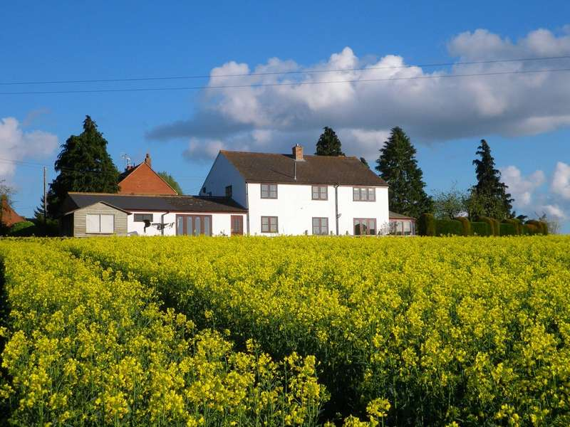 4 Bedrooms Detached House for sale in The Leigh, Nr Cheltenham