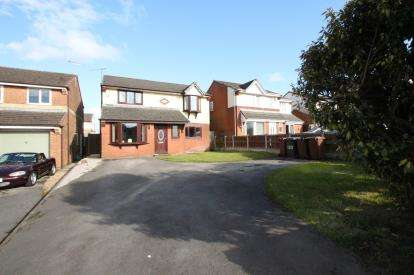 4 Bedrooms Detached House for sale in Heys Lane, Livesey, Blackburn, Lancashire, BB2