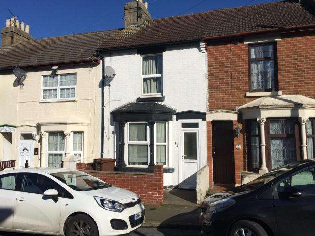 4 Bedrooms Terraced House for sale in Wyles Street, Gillingham, ME7