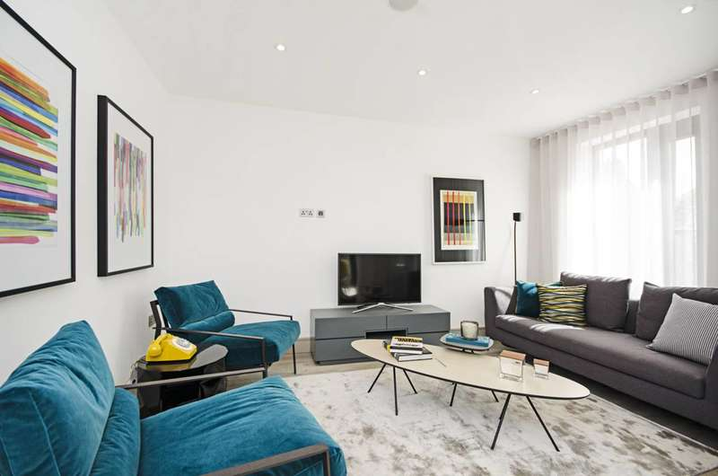 3 Bedrooms Flat for sale in Honeywood Heights, Willesden Green, NW10