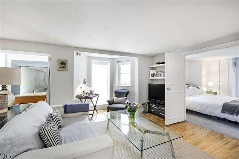 1 Bedroom Flat for sale in New Kings Road, Fulham, SW6