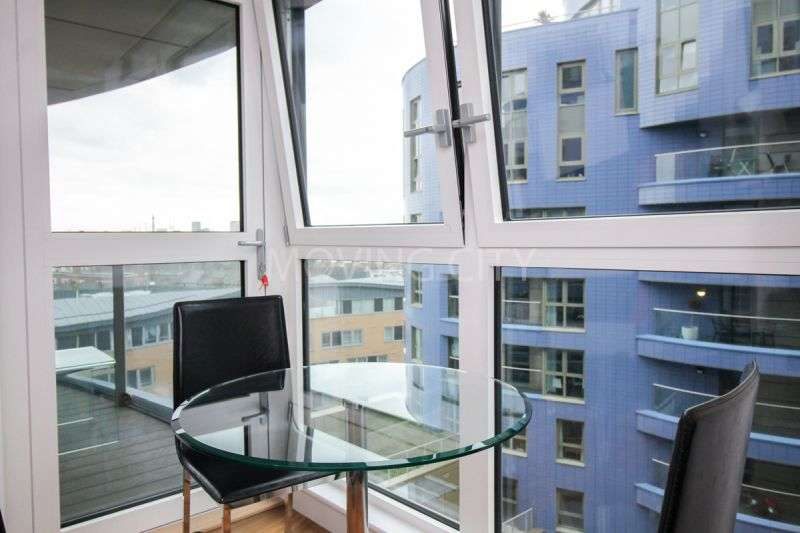 1 Bedroom Flat for sale in Gillespie Court, Queensland Terrace, Islington, N4