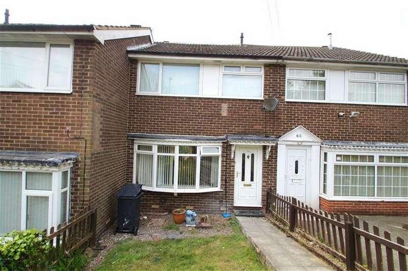 3 Bedrooms Town House for sale in Ramshead Crescent, Leeds