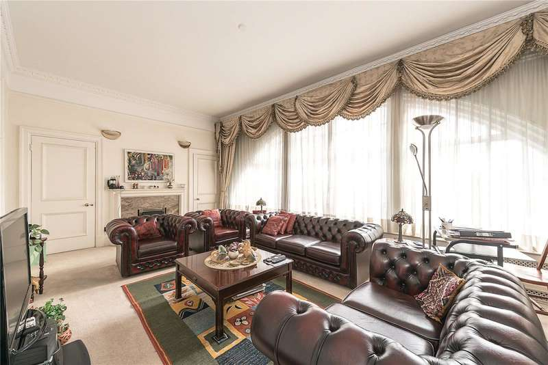 2 Bedrooms Flat for sale in Baker Street, Marylebone NW1