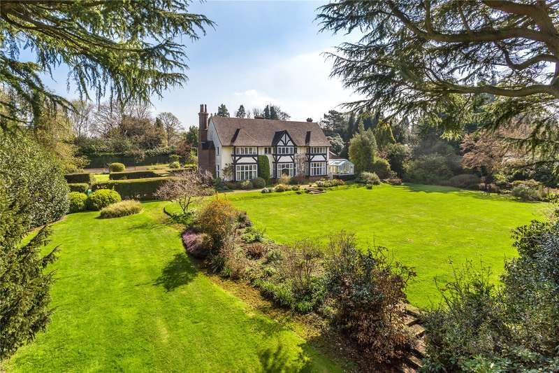 9 Bedrooms Detached House for sale in Park View Road, Woldingham, Surrey, CR3