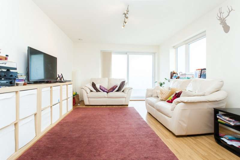 3 Bedrooms Apartment Flat for sale in Sullivan Court, Eric Street, Mile End, E3
