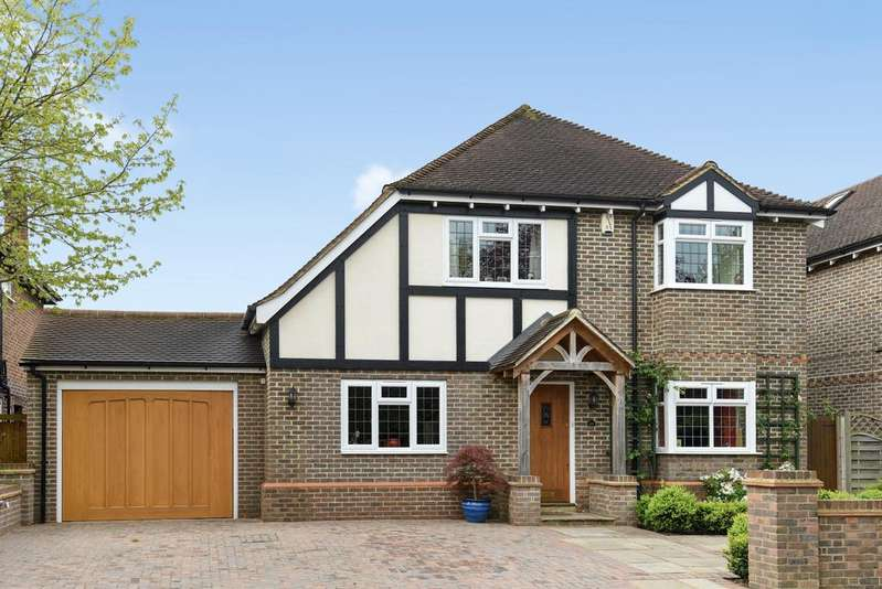 5 Bedrooms Detached House for sale in Claremont Road BR1