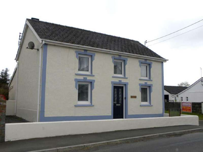 3 Bedrooms House for sale in Llanybydder, Carmarthenshire