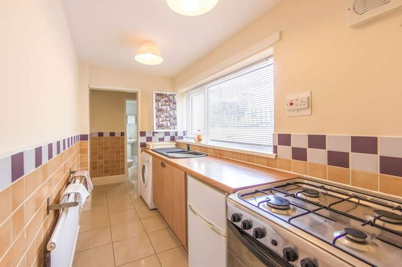 2 Bedrooms Terraced House for sale in Albion Road, Pontypool